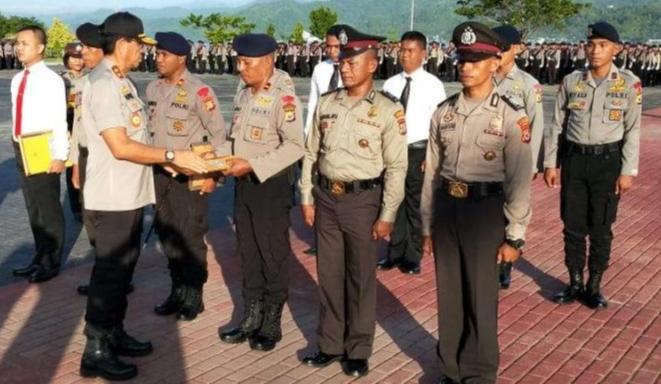 58 Polisi Berprestasi Peroleh Penghargaan