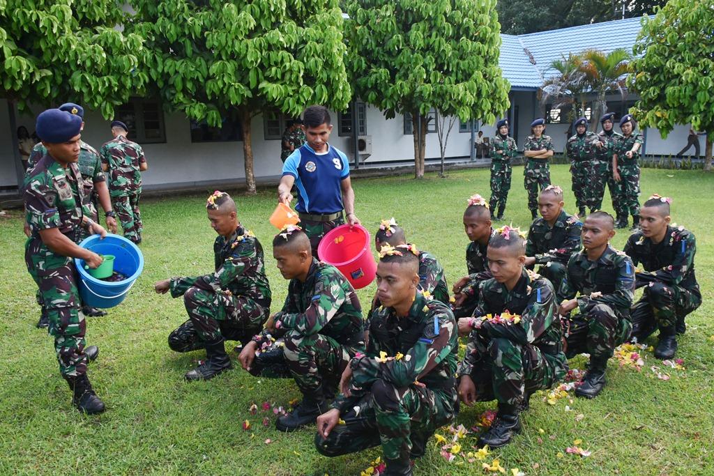 9 Personel Lantamal IX Jalani Orientasi Tamtama Remaja