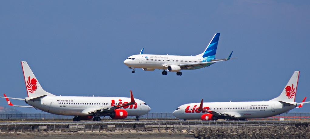 Tarif Batas Atas Tiket Pesawat Akhirnya Turun 12 – 16 %