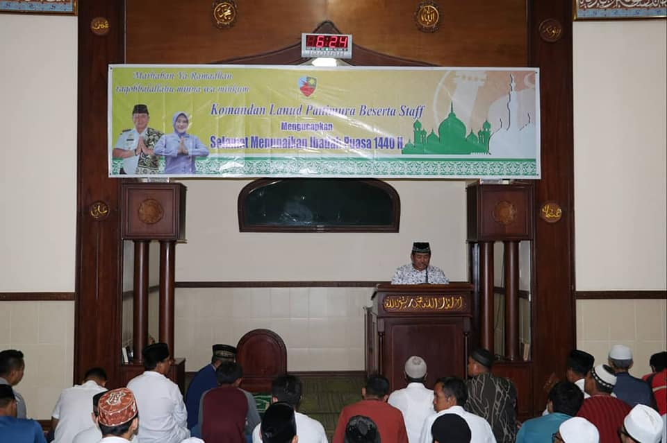 Awali Ramadhan, Lanud Pattimura Gelar Shalat Tarawih