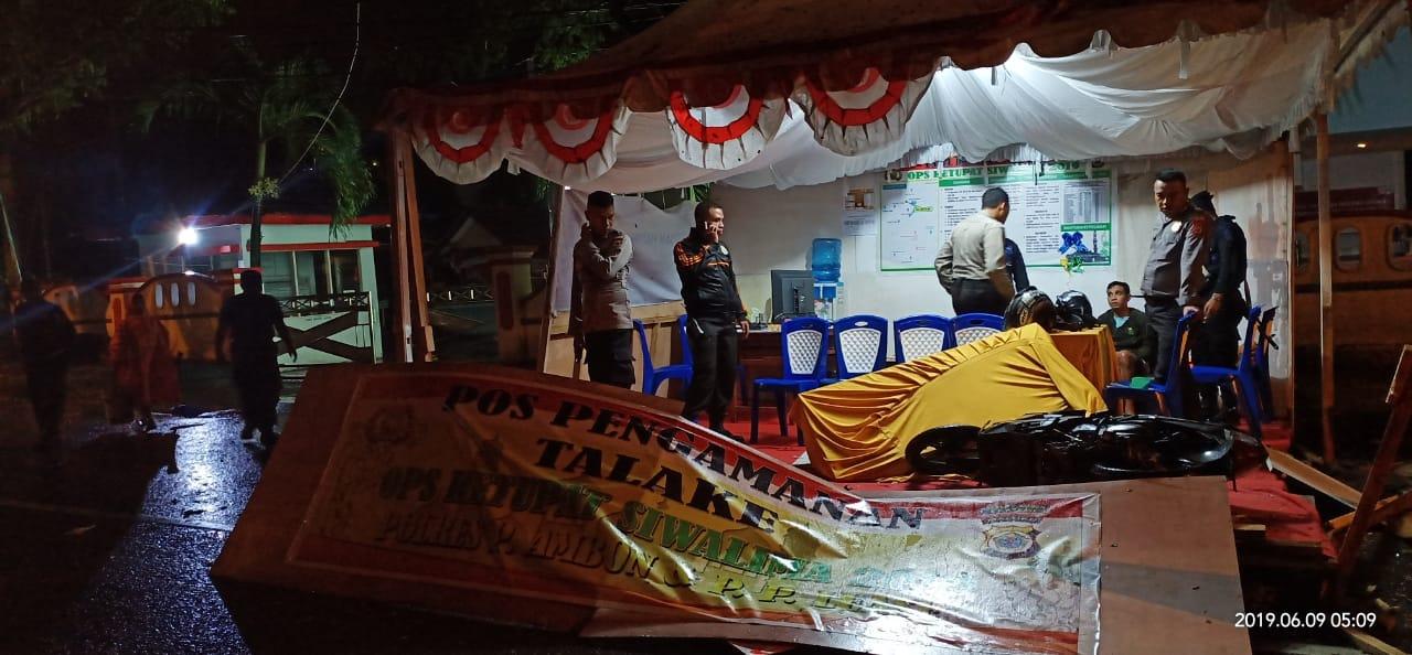 Mabuk, Kakiay Tabrak Pos Pengamanan Operasi Ketupat Siwalima