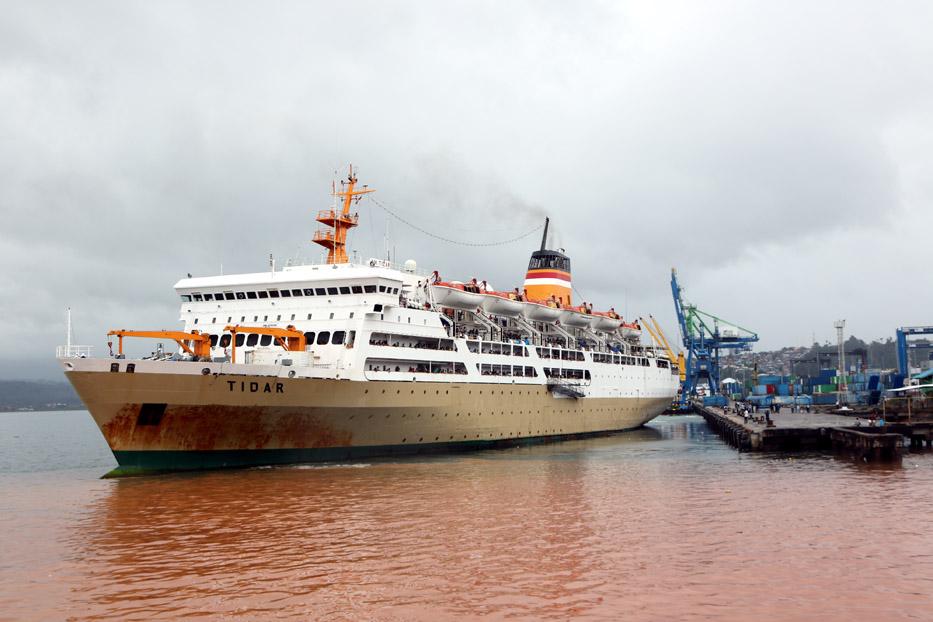 Tiket Pesawat Mahal, Pemudik Pilih Kapal ke Makassar dan Surabaya
