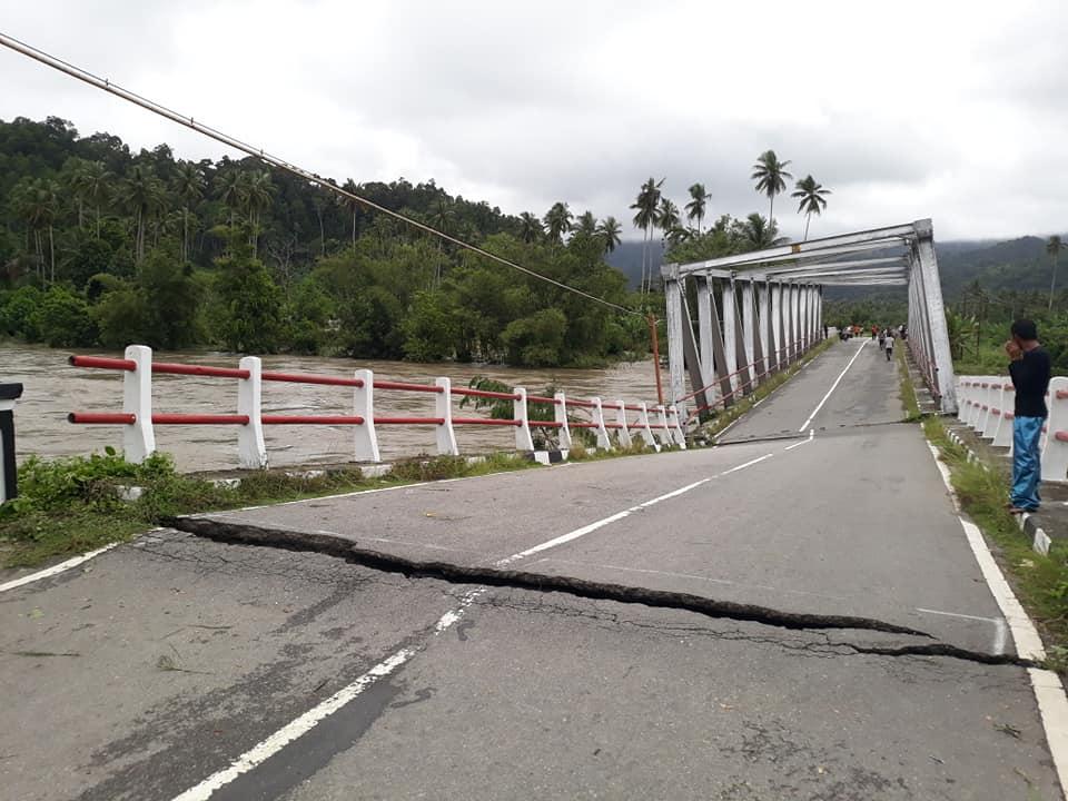 Jembatan Waikaka Amblas, Jalur Lintas Seram Lumpuh