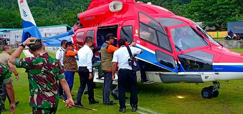 Mensos & Kepala BNPB Kunjungi Lokasi Gempa Halmahera