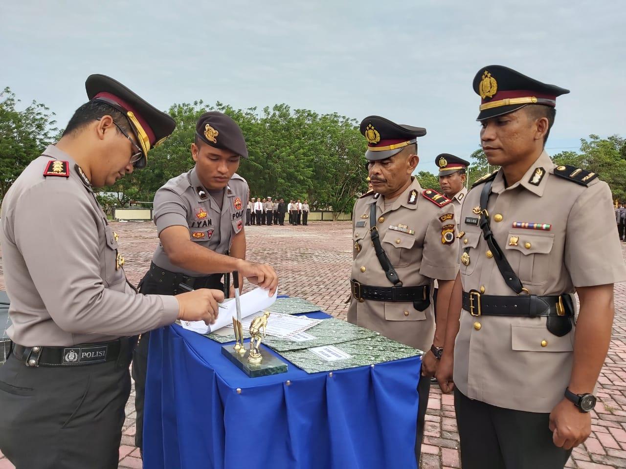 Sejumlah Perwira Polres Buru Bergeser Posisi