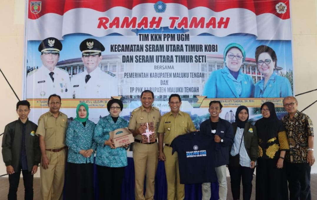 Puluhan Mahasiswa UGM KKN-PPM di Maluku Tengah