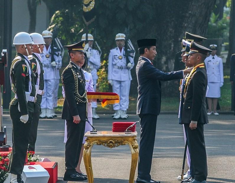 Lantik Perwira Remaja, Presiden Jokowi: Jangan Pernah Kecewakan Bangsa