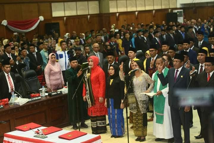 Wattimury – Rahakbauw Jadi Pimpinan Sementara DPRD Maluku