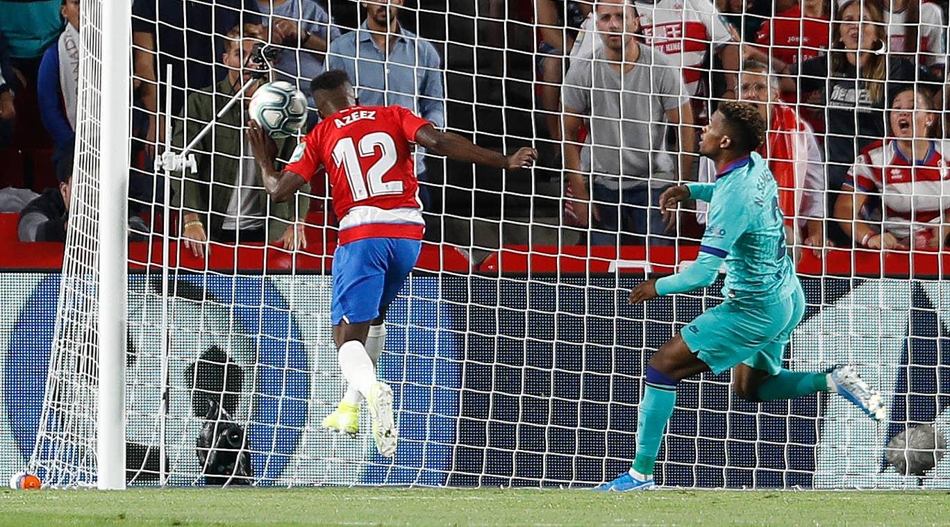 Liga Spanyol: Granada Tumbangkan Barcelona 2-0