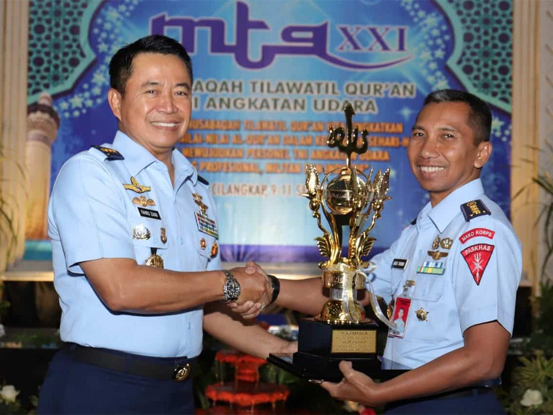 Korpaskhasau Juara Umum MTQ TNI AU
