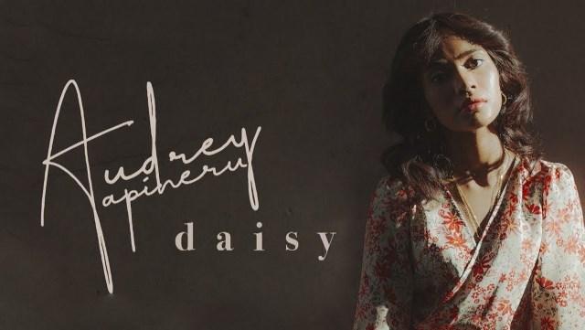 Audrey Tapiheru Belajar Cintai Diri Sendiri dalam 'Daisy'