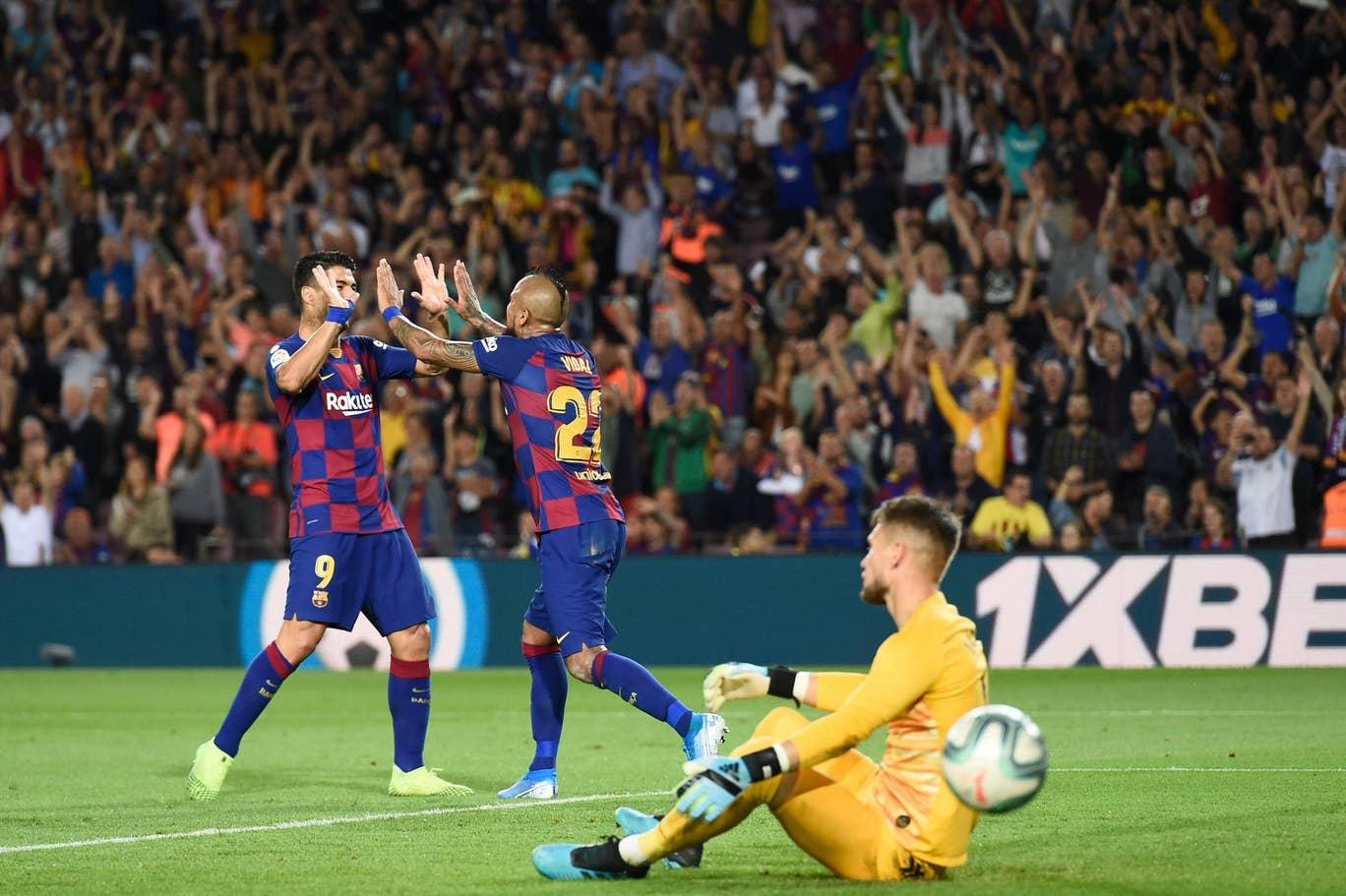 Diwarnai Dua Kartu Merah, Barcelona Libas Sevilla 4-0