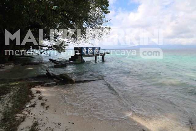 Dampak Gempa, Sejumlah Fasilitas Kawasan Wisata Pantai Hunimua Rusak