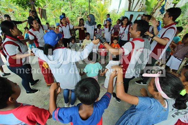 Pasca Gempa, BMKG Maluku Bangkitkan Keceriaan Anak-anak di Pengungsian