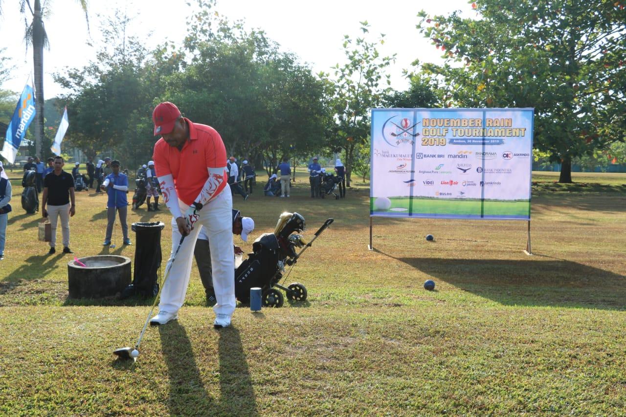 """43 Peserta Ikut """"November Rain Golf Tournament"""""""