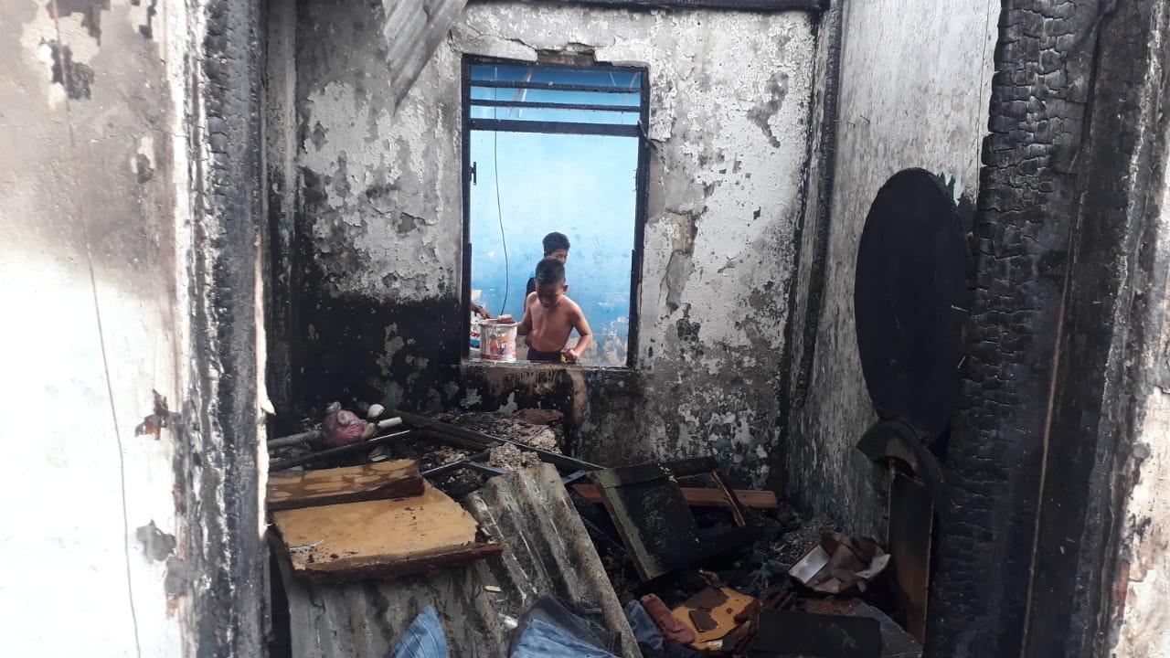 6 Rumah di Kawasan Pelabuhan Watdek Ludes Terbakar, Polisi Duga Akibat Arus Pendek