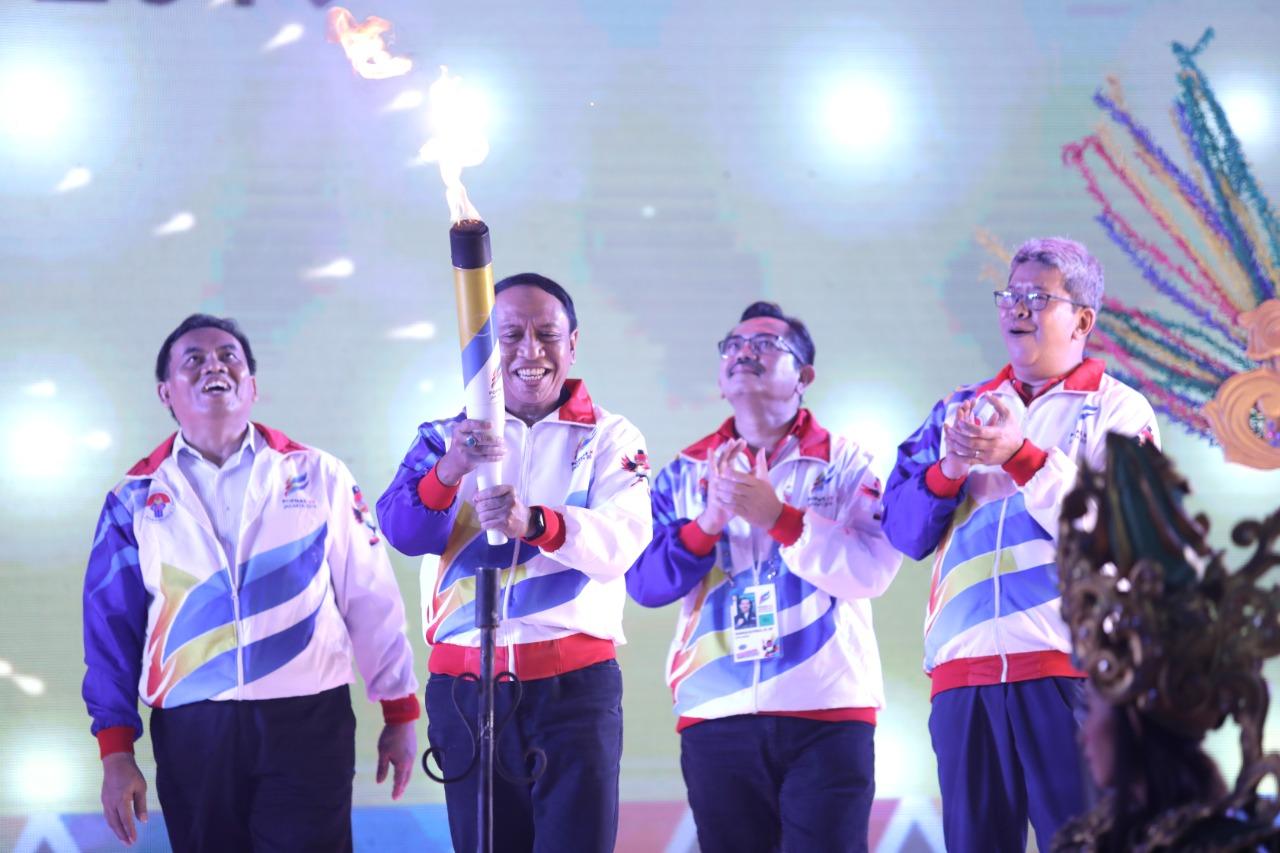 Menpora Buka POPNAS, 37 Atlet Maluku Mulai Bertanding