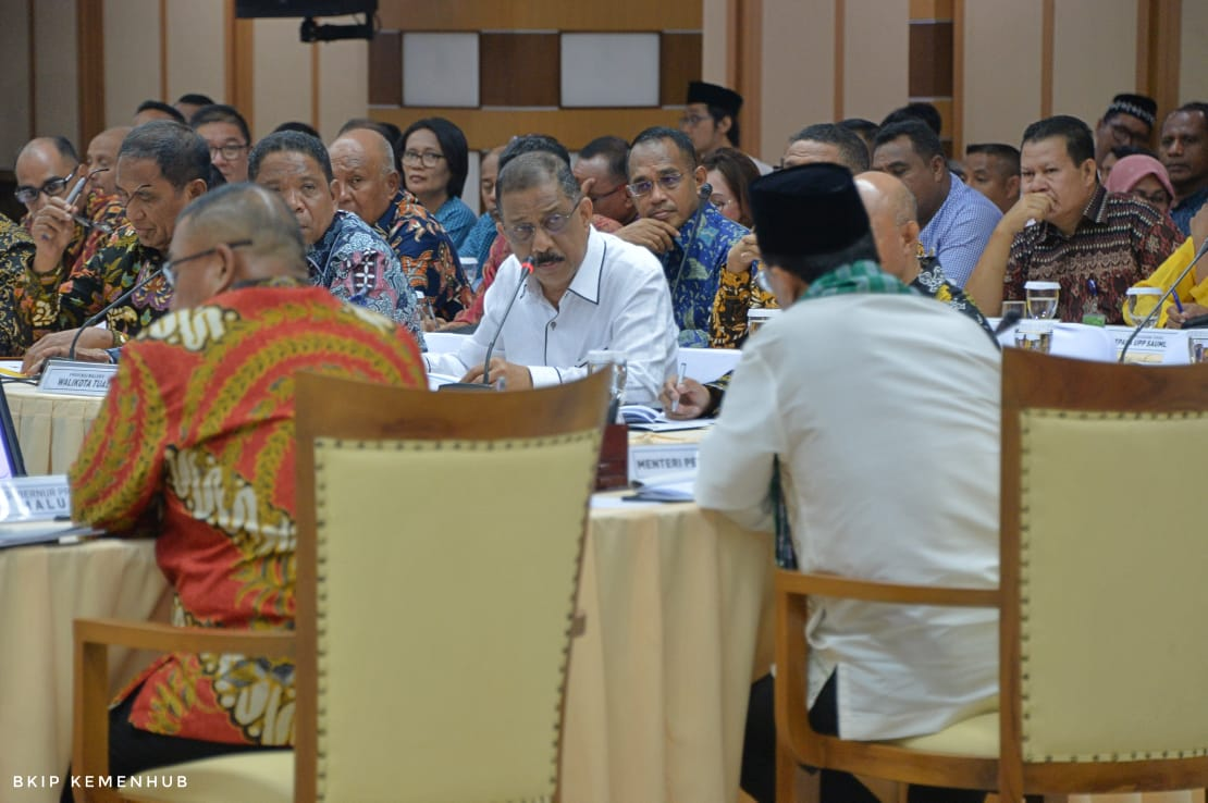Bupati & Wali Kota se-Maluku 'Curhat' Masalah Transportasi ke Menhub