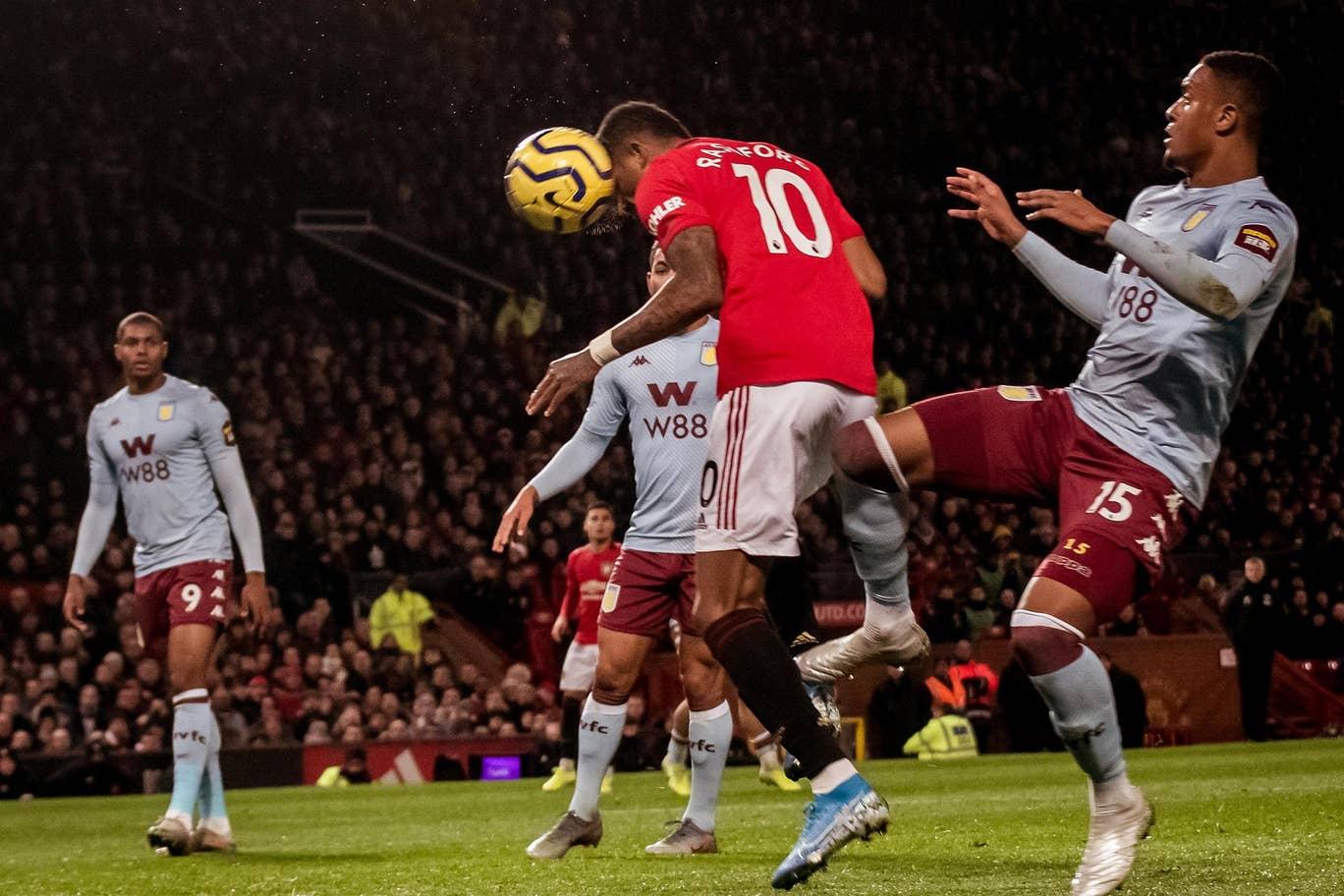 MU Ditahan Imbang Aston Villa 2 2