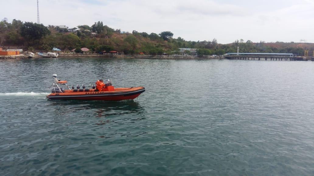 Hilang Saat Melaut, Tim SAR Cari Dua Nelayan di Pulau Buru