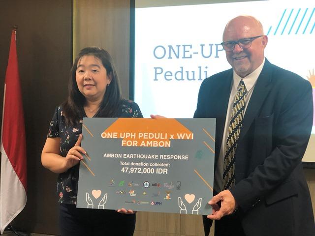 BEM UPH Gandeng WVI Salurkan Bantuan Untuk Anak-anak Korban Gempa Ambon