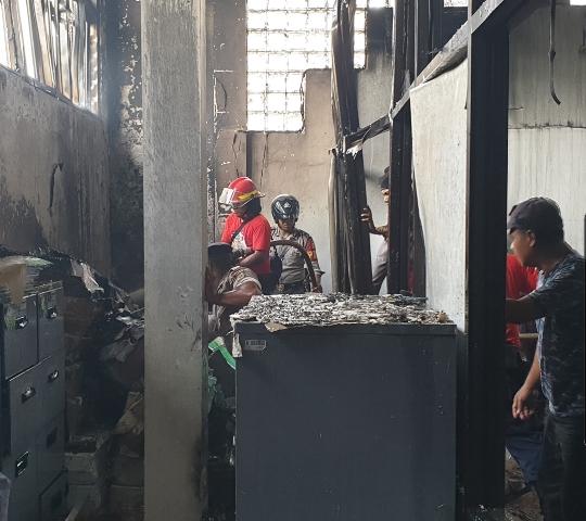 Ruang Kantor BPJS Ketenagakerjaan yang Terbakar Berisi Arsip Lama