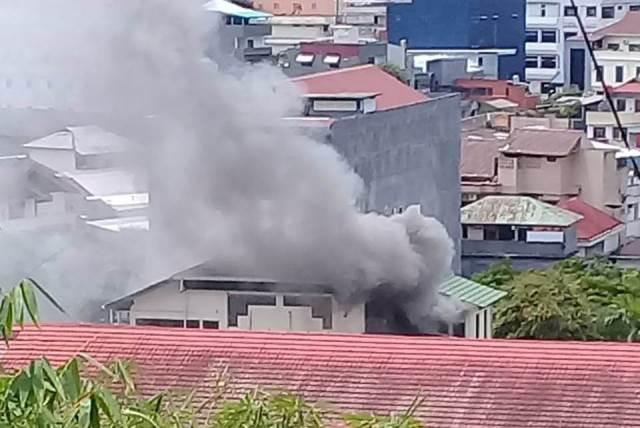 Kantor BPJS Ketenagakerjaan Ambon Dilalap Api