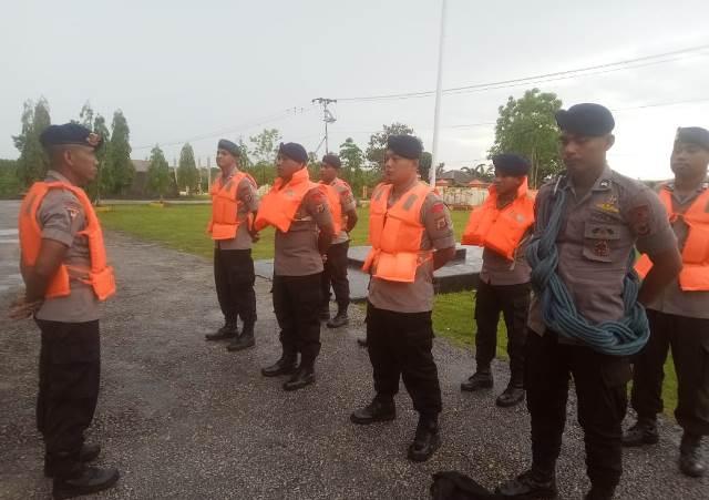 Brimob Patroli Tanggap Bencana di Tual dan Malra