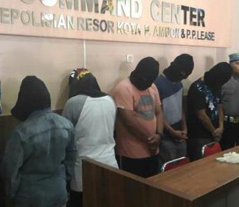 Pesta Narkoba, 3 Personel Polda Maluku & 2 Warga Sipil Dijerat Pasal Berlapis