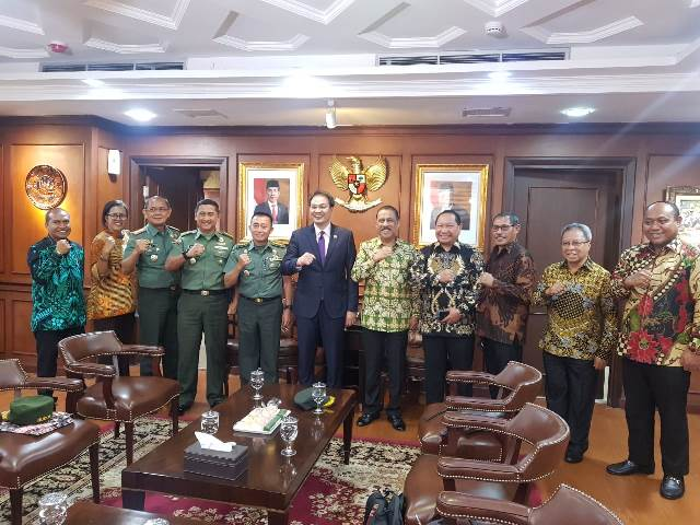 Bahas Revitalisasi Benteng Victoria, Wali Kota Ambon Temui Wakil Ketua DPR RI