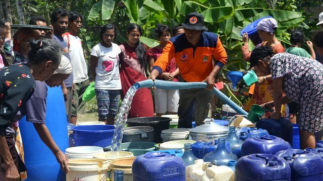 BPBD Ambon Bantu Atasi Krisis Air Bersih