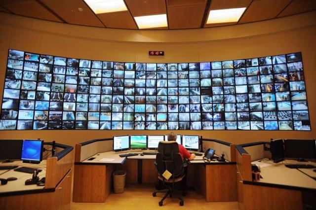 "April 2020, Pemkot Ambon Operasikan ""Command Center"""