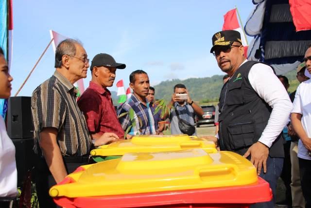 Gubernur Maluku Ajak Warga Perangi Sampah Plastik