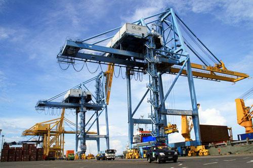 Ditawarkan Menhub, Dubai Port Tertarik Kelola Pelabuhan Ambon