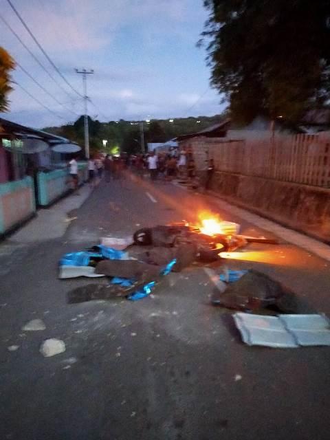 Berawal Dari Aniaya, Sepeda Motor Pelaku Dibakar