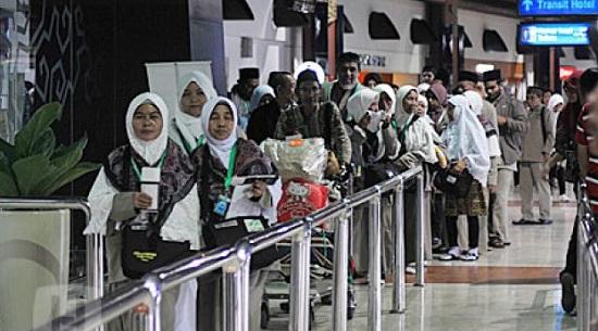 Hindari Corona, Arab Saudi Tangguhkan Jemaah Umrah Termasuk dari Indonesia