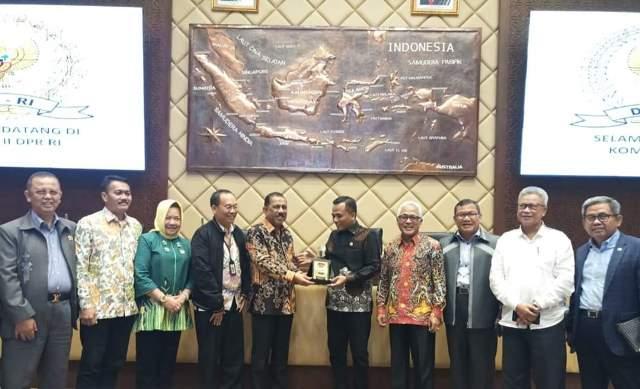Wali Kota Ambon Pimpin Delegasi APEKSI Temui Komisi II DPR RI