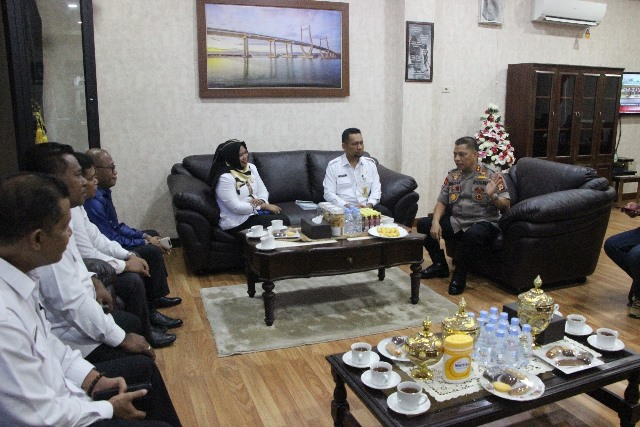Wujudkan Pilkada Aman, Bawaslu & Polda Maluku Bersinergi