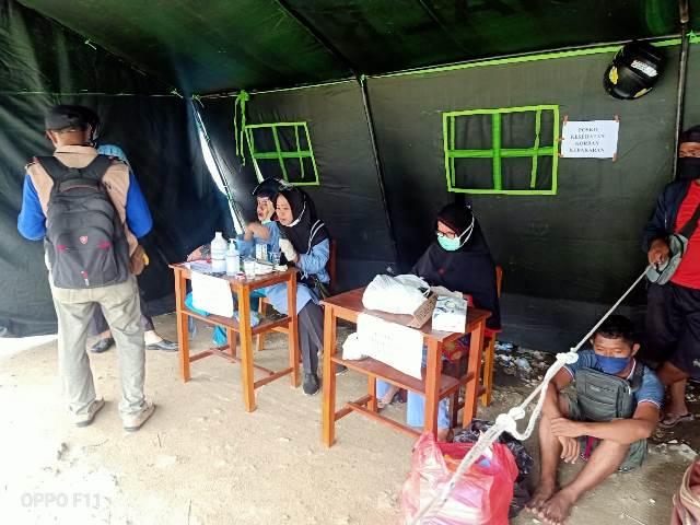 Gandeng Dinkes, Dokkes Polresta Ambon Buka Layanan Kesehatan Bagi Korban Kebakaran di Ongkoliong