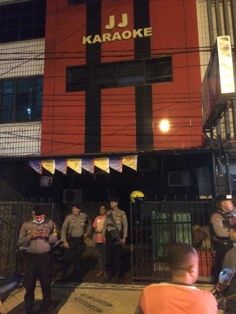 18 Karaoke dan Diskotik Ditutup Polisi