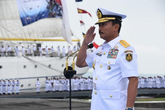 Kasal Tunda Resmikan Kompleks TNI AL di Tawiri