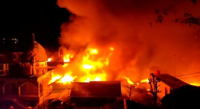 Puluhan Rumah di Kawasan Ongkoliong Batu Merah Ludes Terbakar, Dua Warga Meninggal
