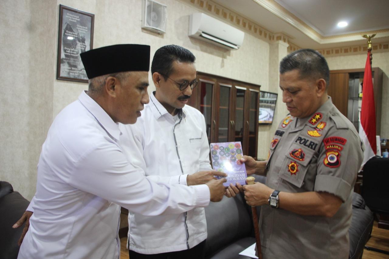 KPU Maluku & Polda Bersinergi Wujudkan Pilkada Damai
