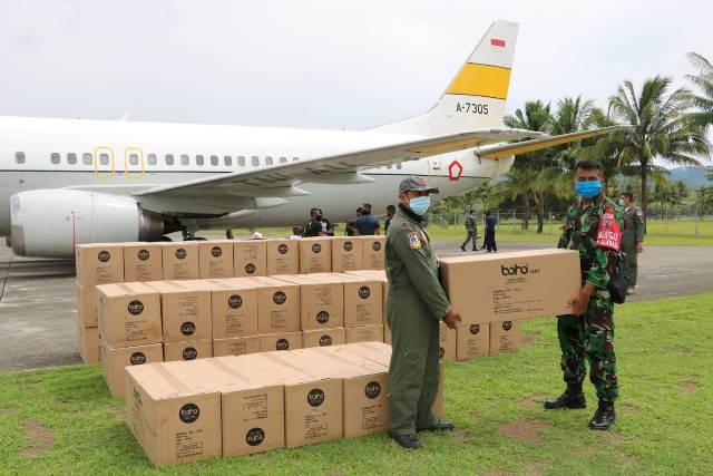 Pesawat TNI AU Bawa Ribuan APD Tiba Di Ambon