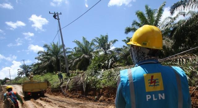 Presiden Jokowi: 433 Desa di Indonesia Timur Masih Gelap Gulita