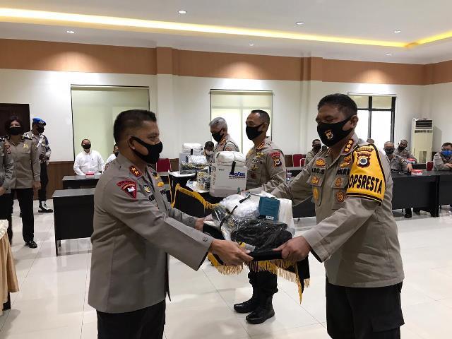 Satgas Aman Nusa II Siwalima 2020 Terima APD