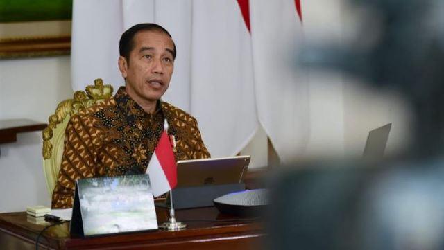 Presiden Jokowi Minta Stok Bahan Pokok Dijaga Ketat
