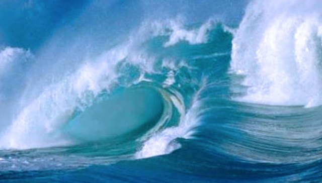 BMKG Masih Keluarkan Peringatan Gelombang Tinggi Di Maluku