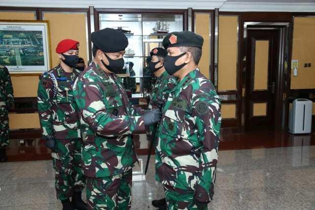 Kolonel Gladly Mailoa Jabat Kepala Pusat Keuangan TNI