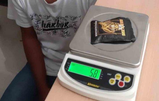 Bea Cukai & BNN Maluku Gagalkan Penyelundupan Paket Narkotika